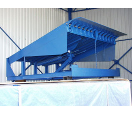 Платформа механическая уравнительная DoorHan с поворотной аппарелью 2500x1800 доклевеллер